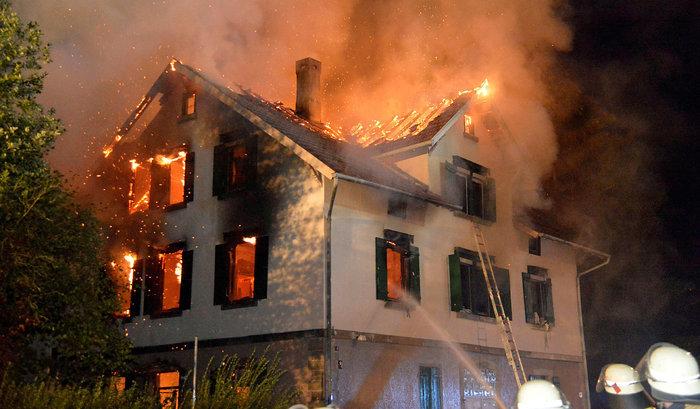 brennendeunterkunft
